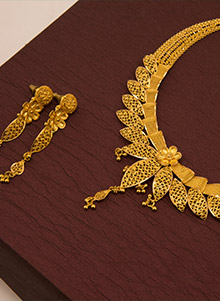 candere-gold-jewellery